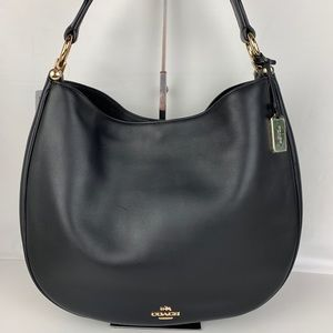 New Coach Nomad Glovetanned Leather Shoulder Bag